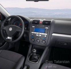 VW Golf V интерьер