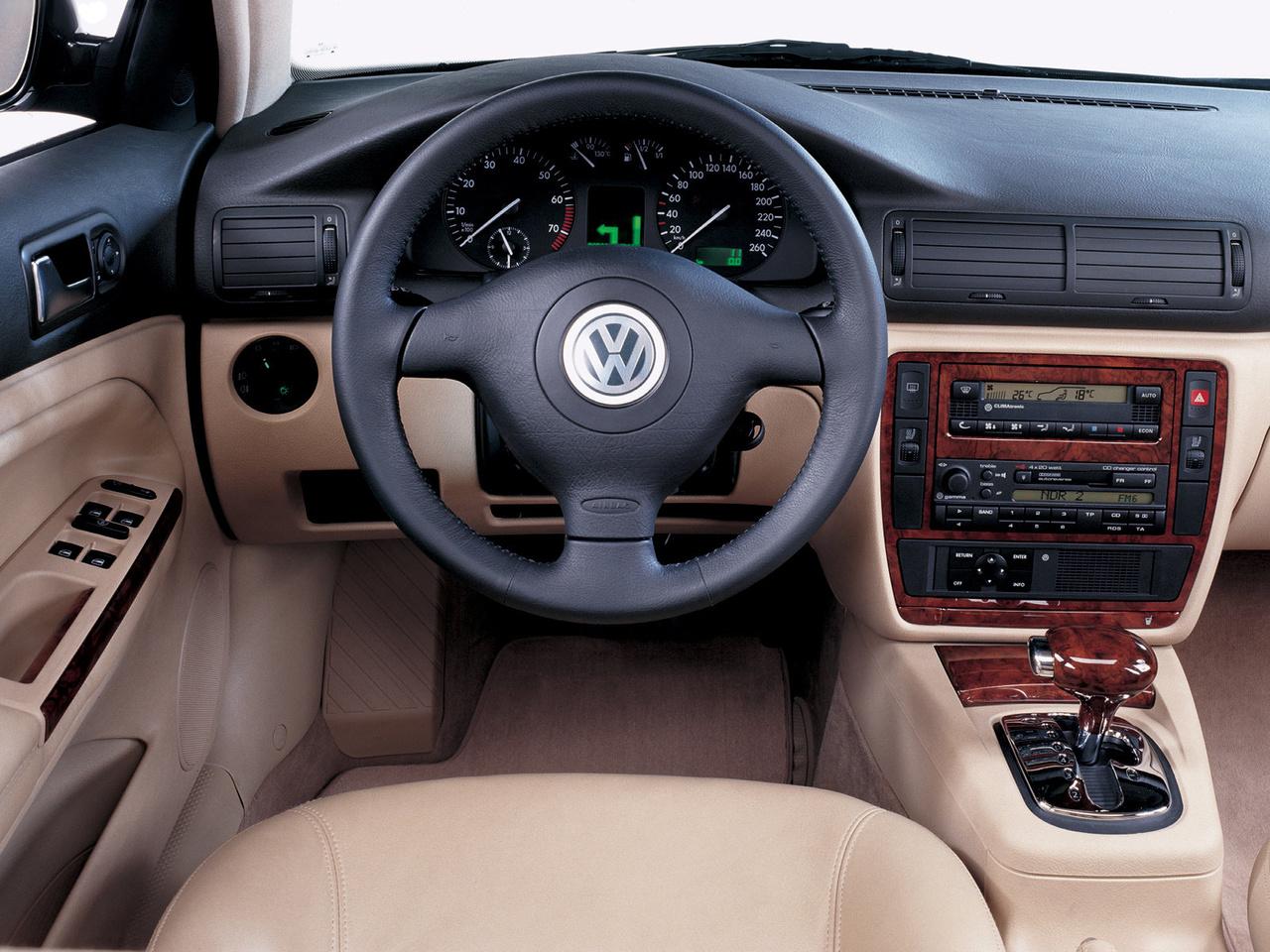 Das tatarstan vw passat b5 for Volkswagen passat 2000 interior