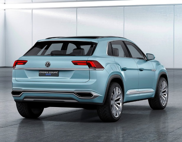Volkswagen-Cross-Coupe-GTE-Concept-2015-back